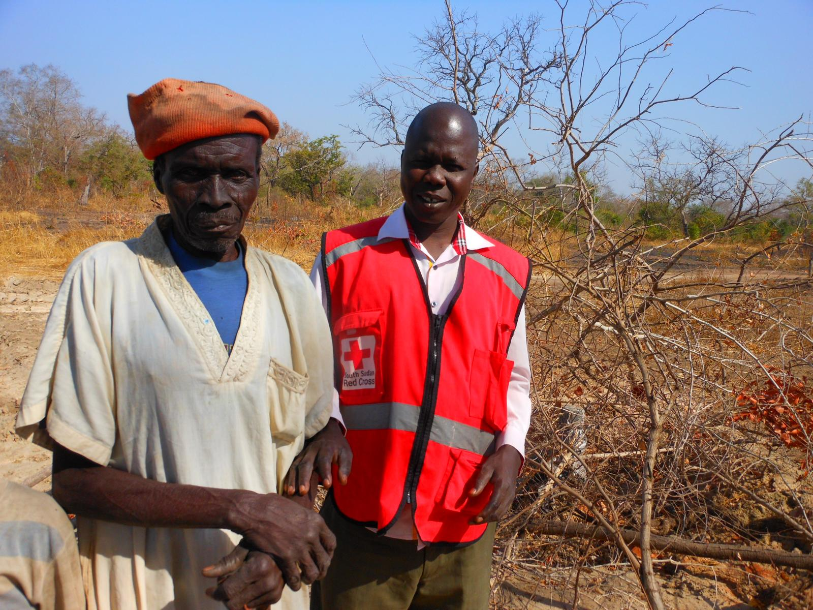 Paskual, a user of the new site discusses with the SSRC Aweil branch director