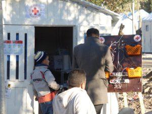 Eine Mobile-Charging-Station wo die Flüchtlinge ihre Telefone aufladen können.